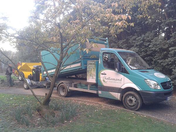 Broyage des déchets directement dans notre camion